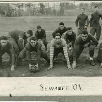 1909_Football_Team.jpg