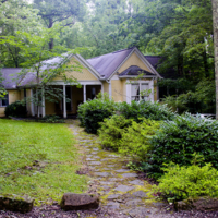 Waring-Webb House003_small.jpg