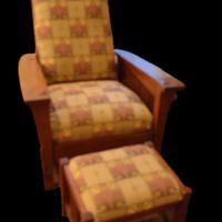 19044280-armchair.jpg